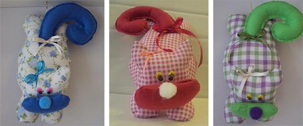 Cucito creativo ernesto gatto lesto di le allegre comari for Tutorial fermaporta di stoffa