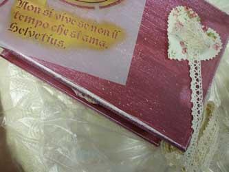 Scatola romantica con tessuto e pizzo  (L.Piazza)
