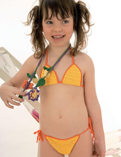 Istruzione per lavorare all\'uncinetto un bikini per bimba ...
